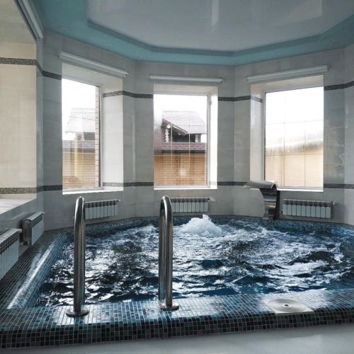 Бассейн в составе банного комплекса