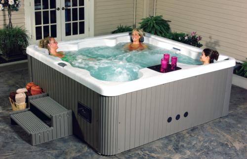 Прямоугольный спа-бассейн